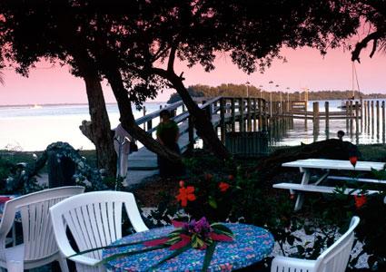 Mar Vista Dockside Restaurant & Pub