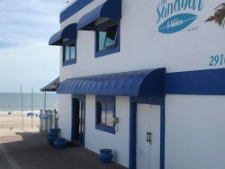 The Sandbar Kitchen and Restaurant is one of Amelia Island's premier places to eat. It has exactly what you are looking for on Amelia Island.